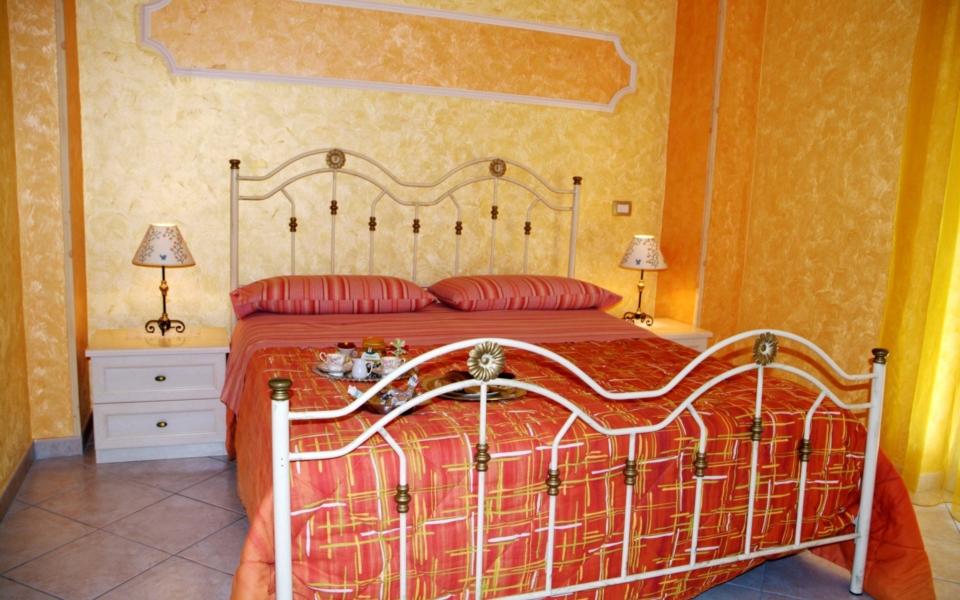 Suite Panarea stanza da letto, Taormina Appartamenti, Taormina Apartmtens