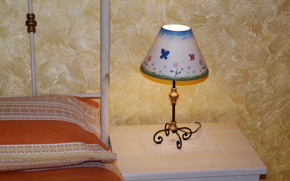abat-jour Stromboli, Residence da Concettina, appartamenti Taormina mare, Apartments taormina