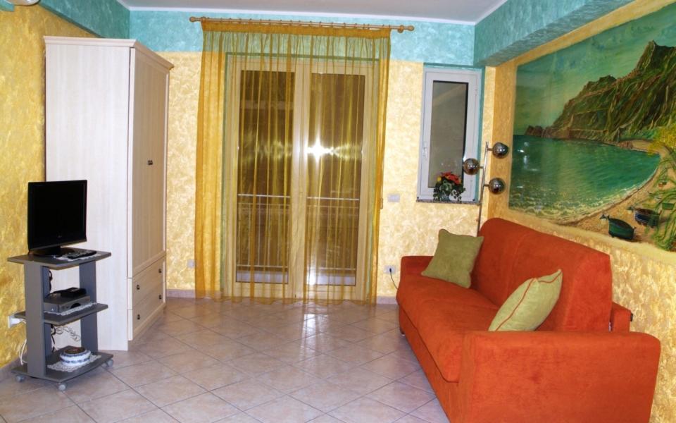 Stromboli soggiorno, Appartamenti Taormina mare, Taormina appartamenti
