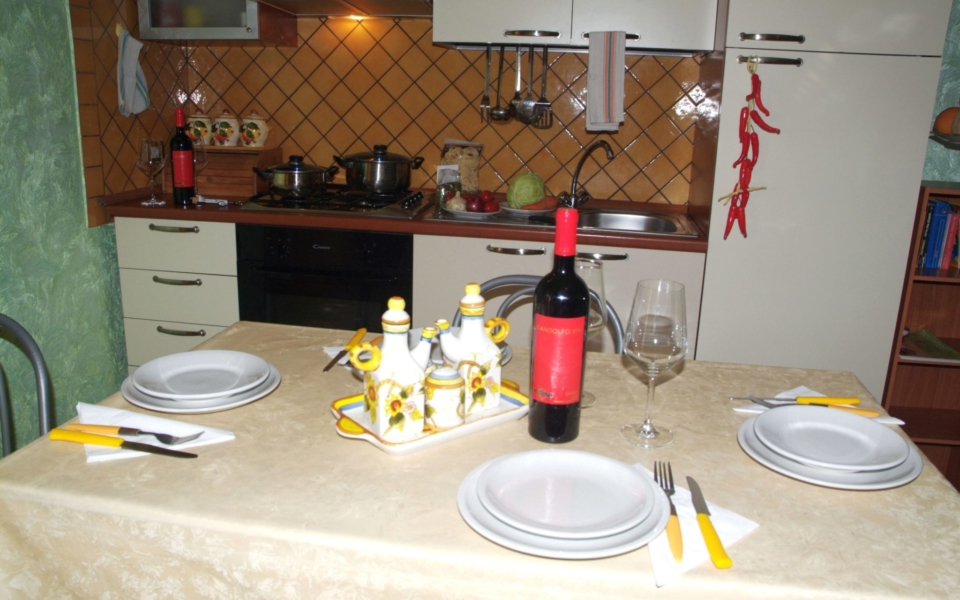 Tavolo da pranzo, Alicudi, Taormina Appartamenti