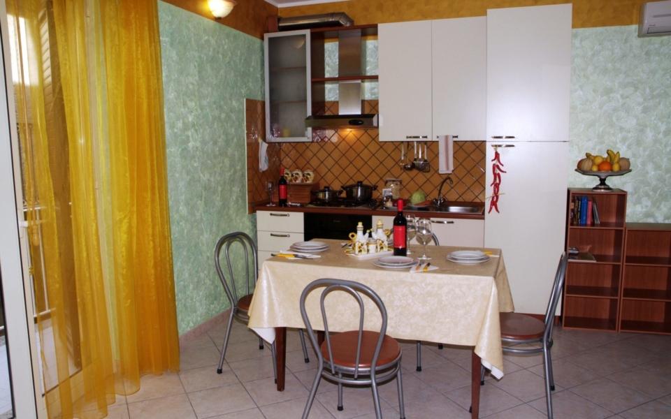 Stromboli cucina, Taormina appartamenti, Taormina apartments, b b Concettina, b&b Taormina